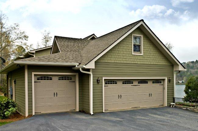 How To: Paint a Garage Door