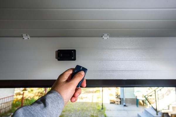 How to Pair Car Garage Door Opener to Your Garage